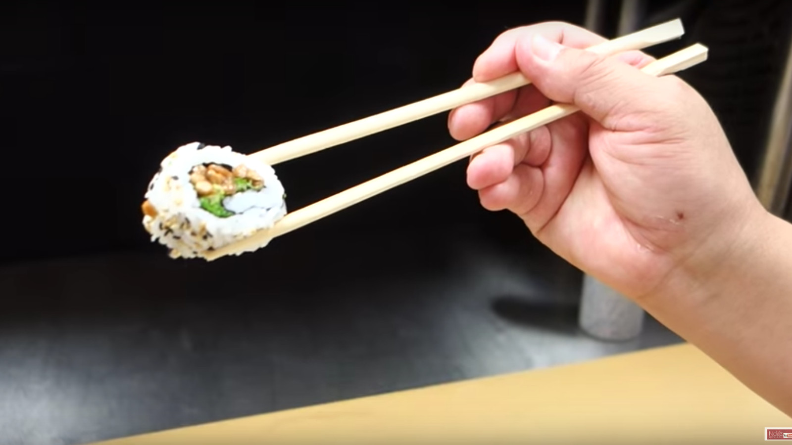 how to draw sushi with chopsticks