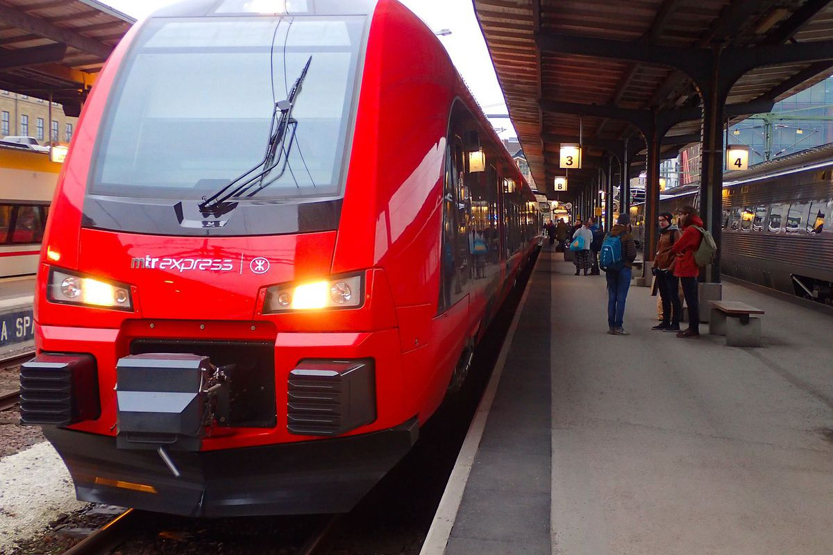 Trainy McTrainface' becomes official name for Swedish train