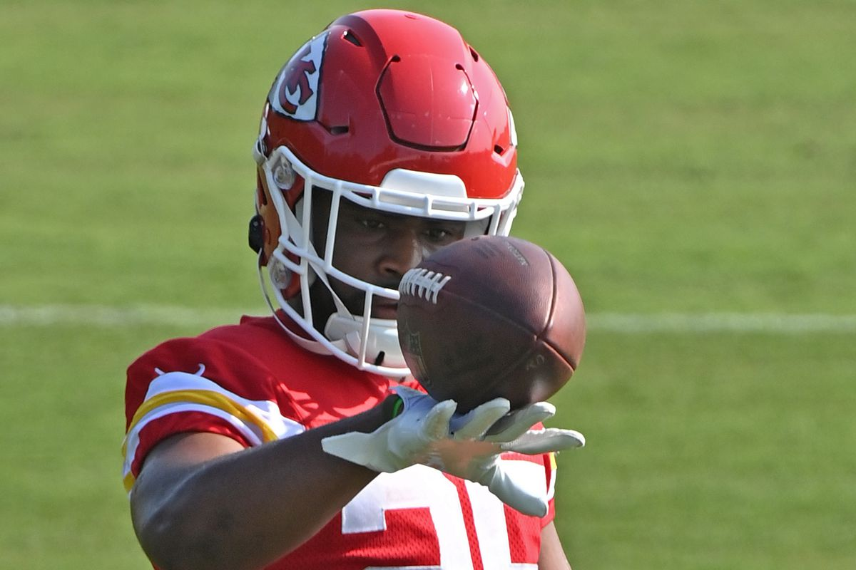 Running back Clyde Edwards-Helaire #25 of the Kansas City Chiefs during training camp at Missouri Western State University on July 28, 2021 in St Joseph, Missouri.