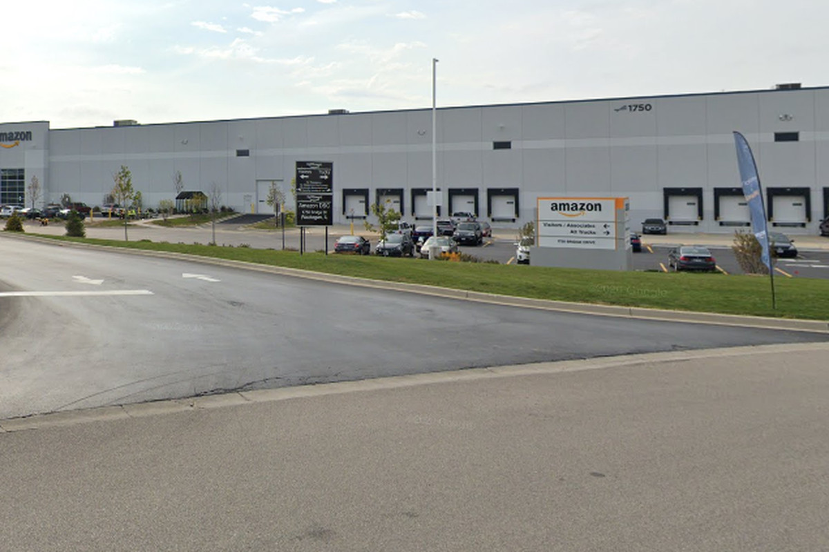 A worker at an Amazon facility in Waukegan died of COVID-19