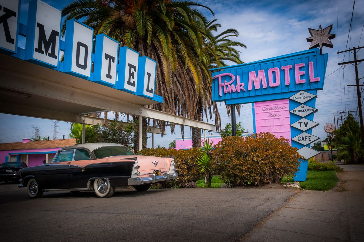 The Valley Motel That Always Steals The Show Curbed La