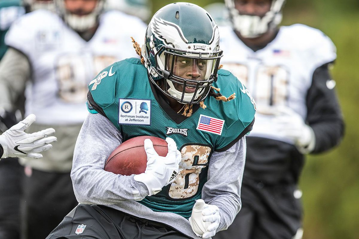 Jay Ajayi to make Eagles debut in Broncos game report says