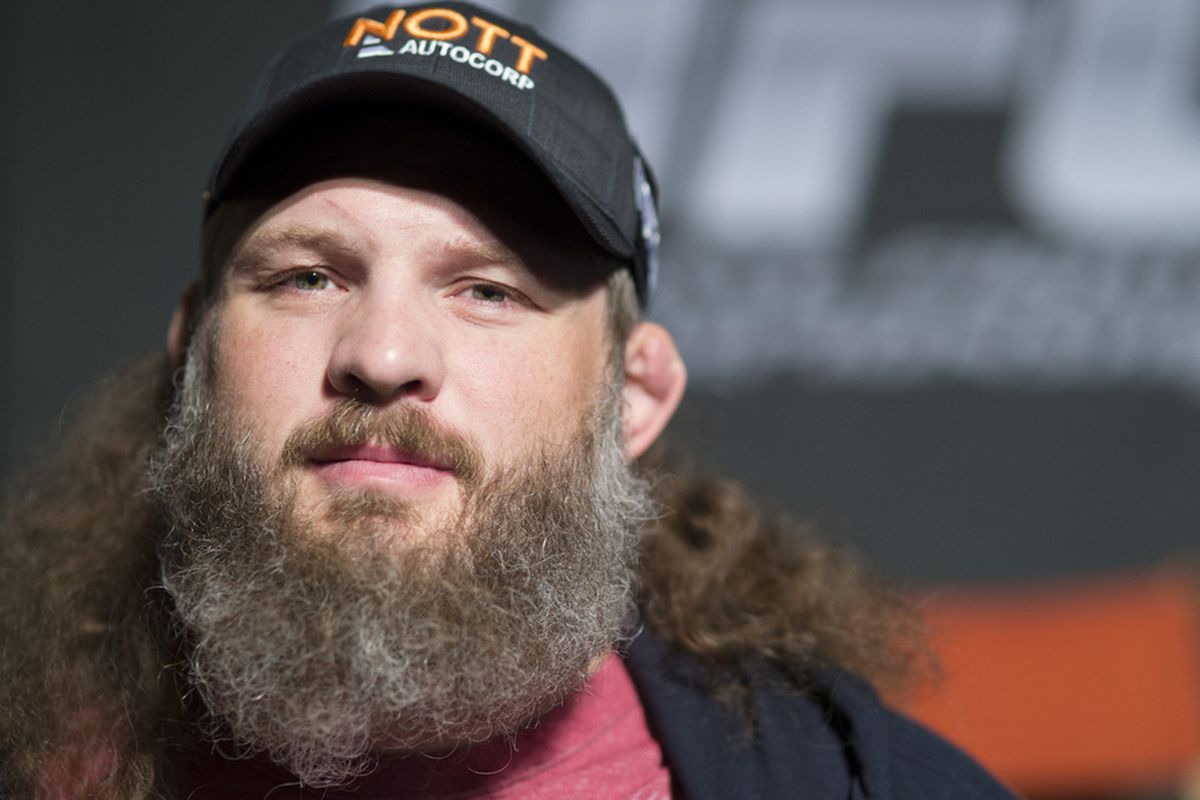 Roy Nelson, Bellator Reportedly Agree to Contract