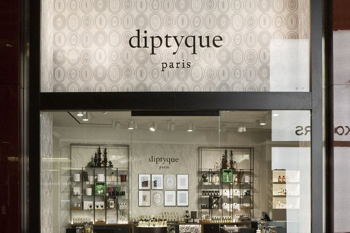 Diptyque continues fancy candle dominance in columbus for 10 columbus circle 4th floor new york ny 10019