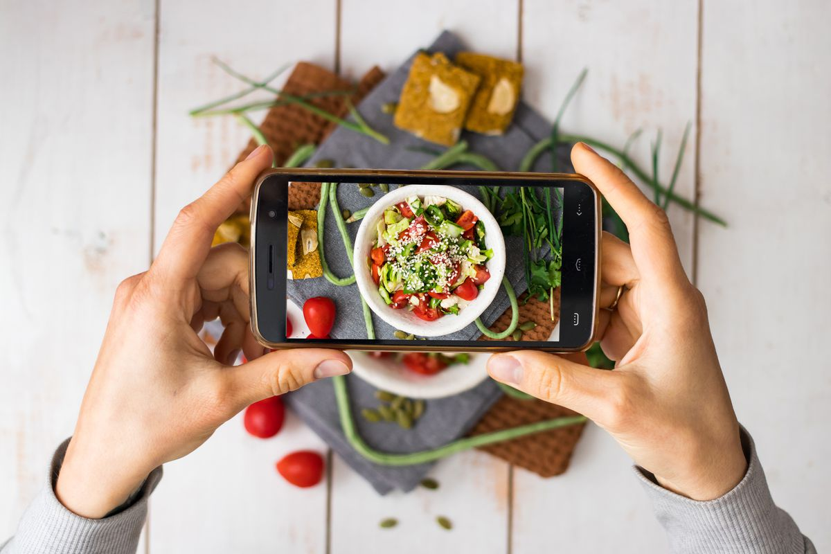 Food content and the internet go hand-in-hand, and online users can't get enough.