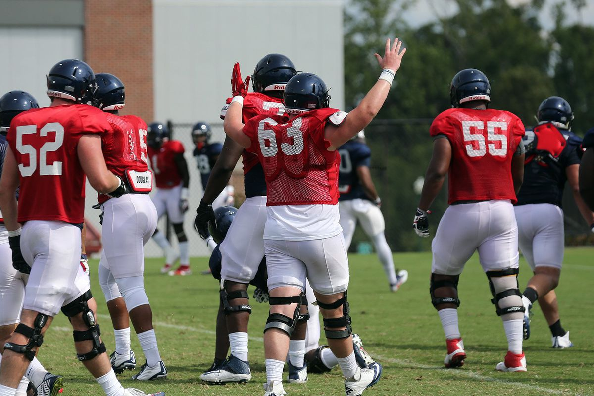O-line during spring practice