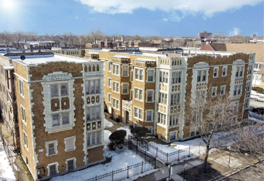 Badu Investments, LLC, recently purchased this 39-unit apartment building at 76th Street & South Shore Drive in the South Shore neighborhood.