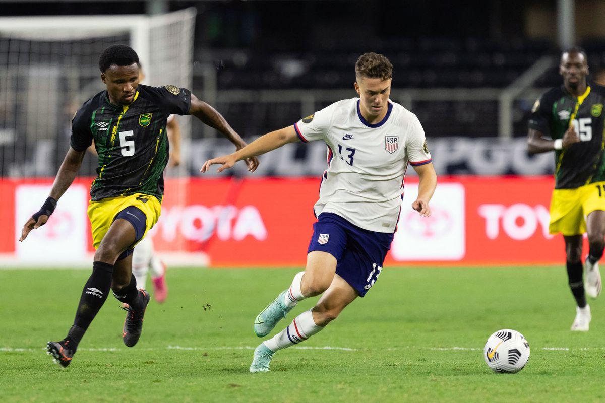 FBL-CONCACAF-GOLD-USA-JAM