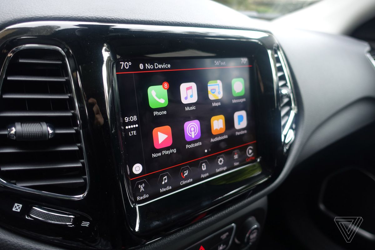 Lgoode on 2012 Chrysler 200 Interior