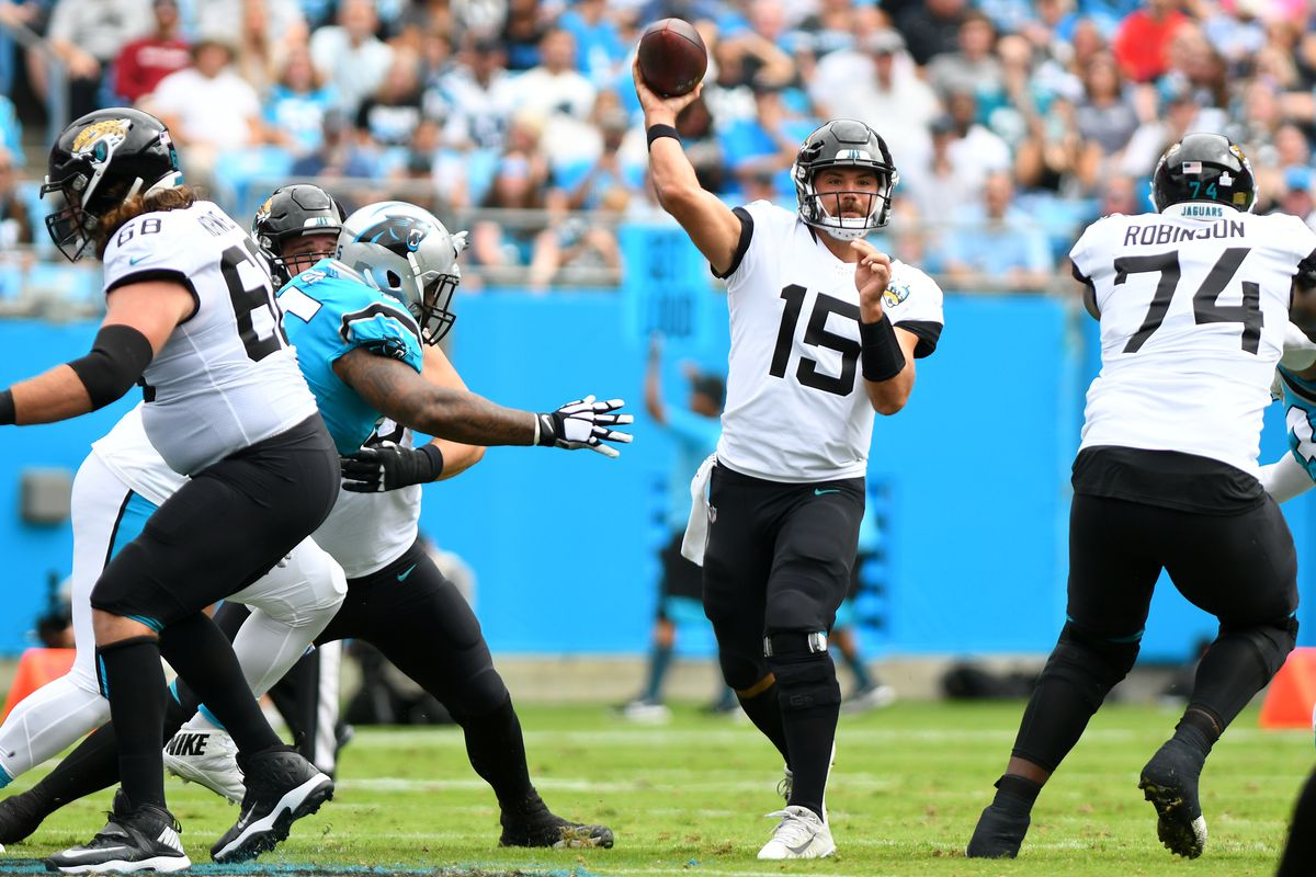 Jacksonville Jaguars quarterback Gardner Minshew passes the ball during the game between the Jacksonville Jaguars and the Carolina Panthers on October 06, 2019 at Bank of America Stadium in Charlotte,NC.