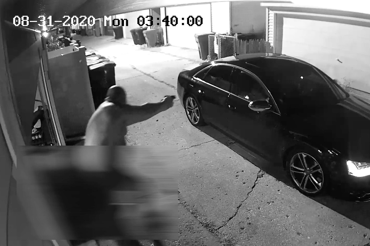 The Civilian Office of Police Accountability released video of an off-duty officer firing at burglars Aug. 31, 2020.