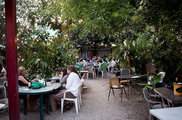 30 Places To Dine Or Drink Outdoors This Fall Eater New