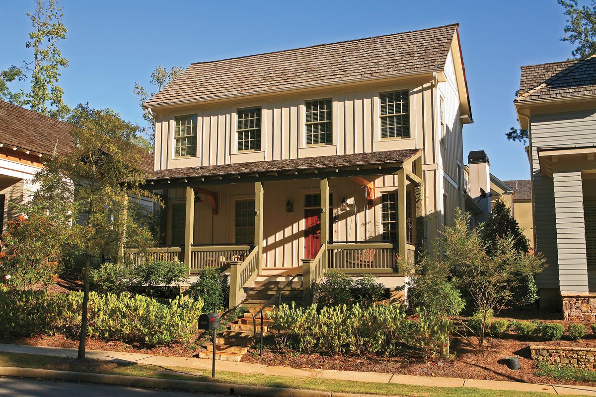 Rustic-looking Board and Batten Siding Style