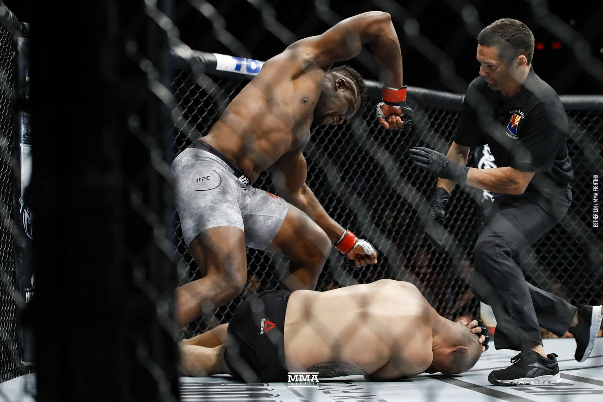 Ufc Phoenix Results Francis Ngannou Finishes Cain Velasquez In Opening Minute