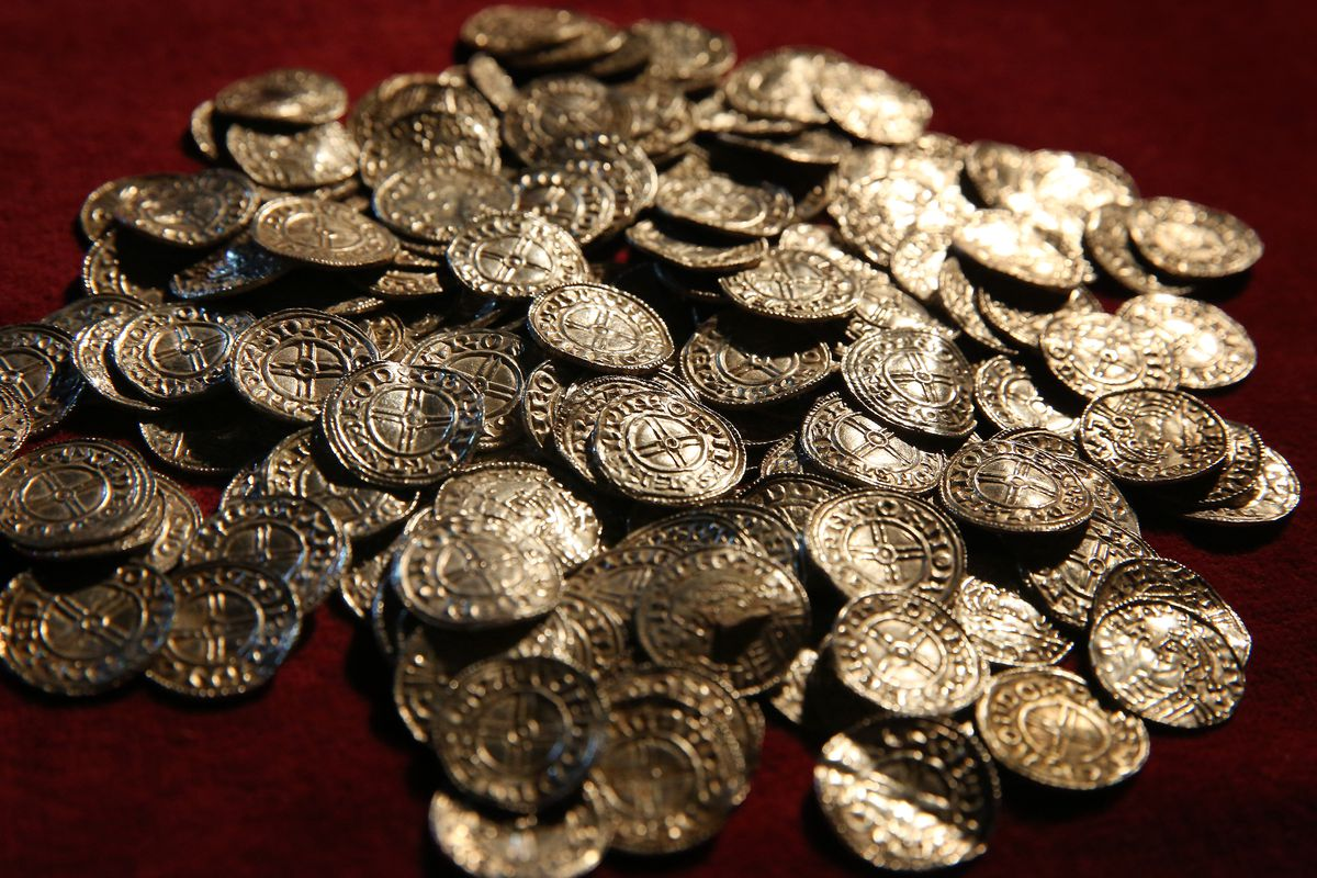Lenburgh Anglo Saxon Coin Hoard On Show At The British Museum