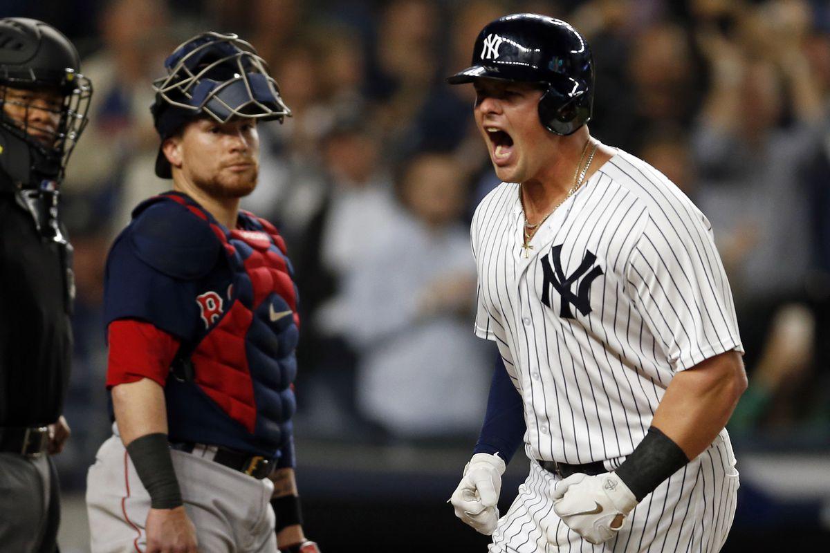 the yankees made home run history against red sox pinstripe alley