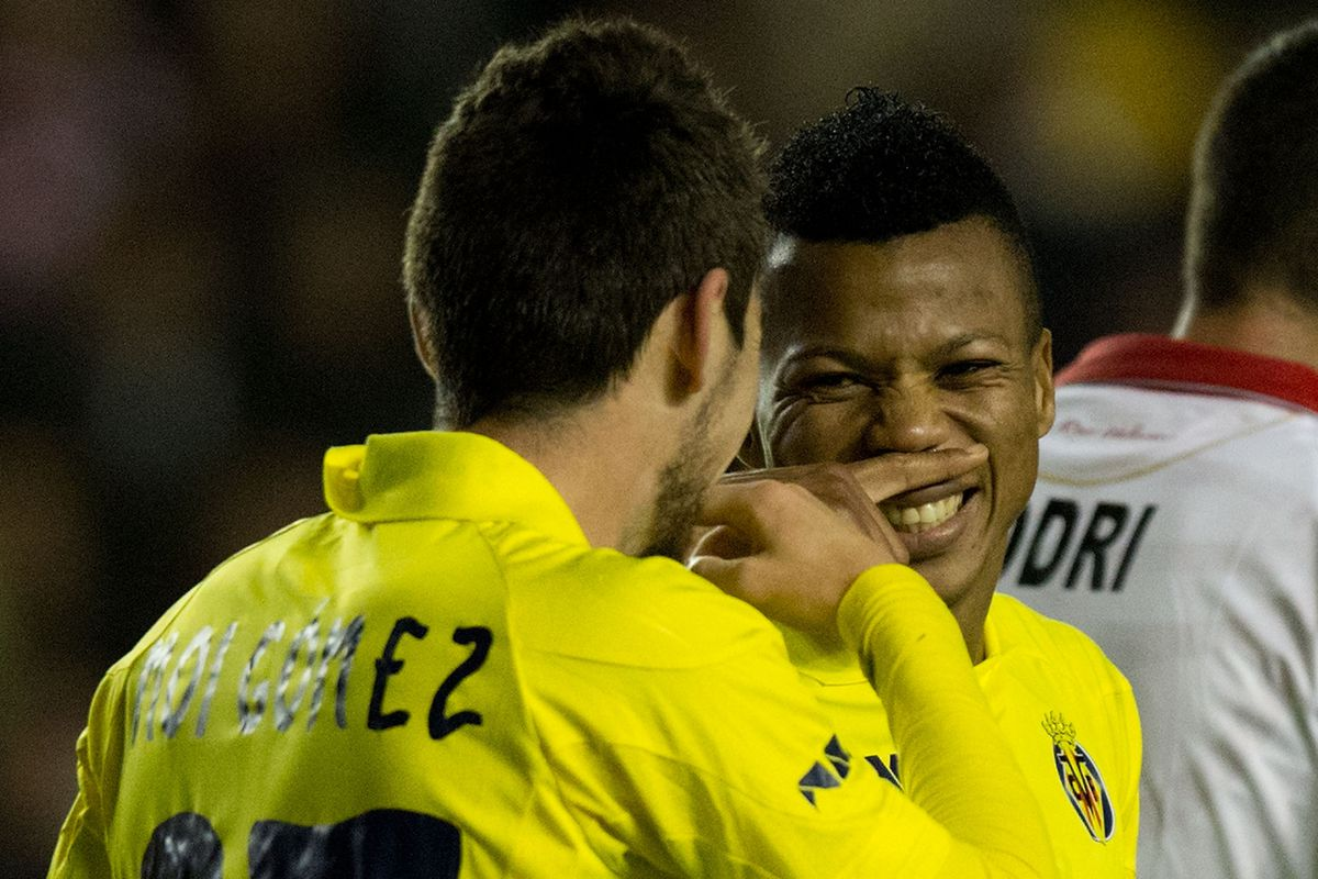 Uche and Moi: hope we see more of this tonight.
