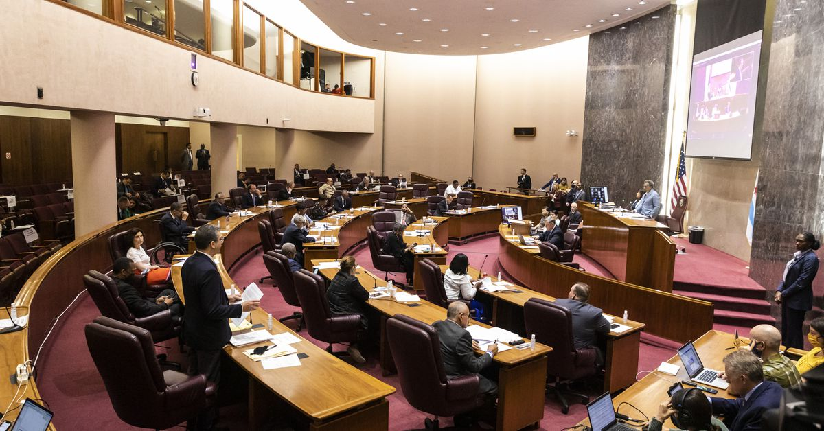 19 aldermen call special City Council meeting for Friday on violent crime