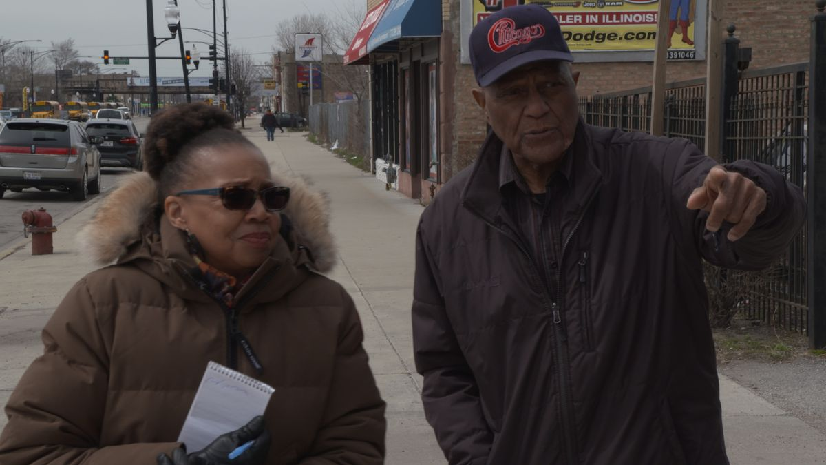 Sun-Times columnist Mary Mitchell walks the West Side with former Chicago Ald. Ed Smith.   Annie Costabile/Sun-Times