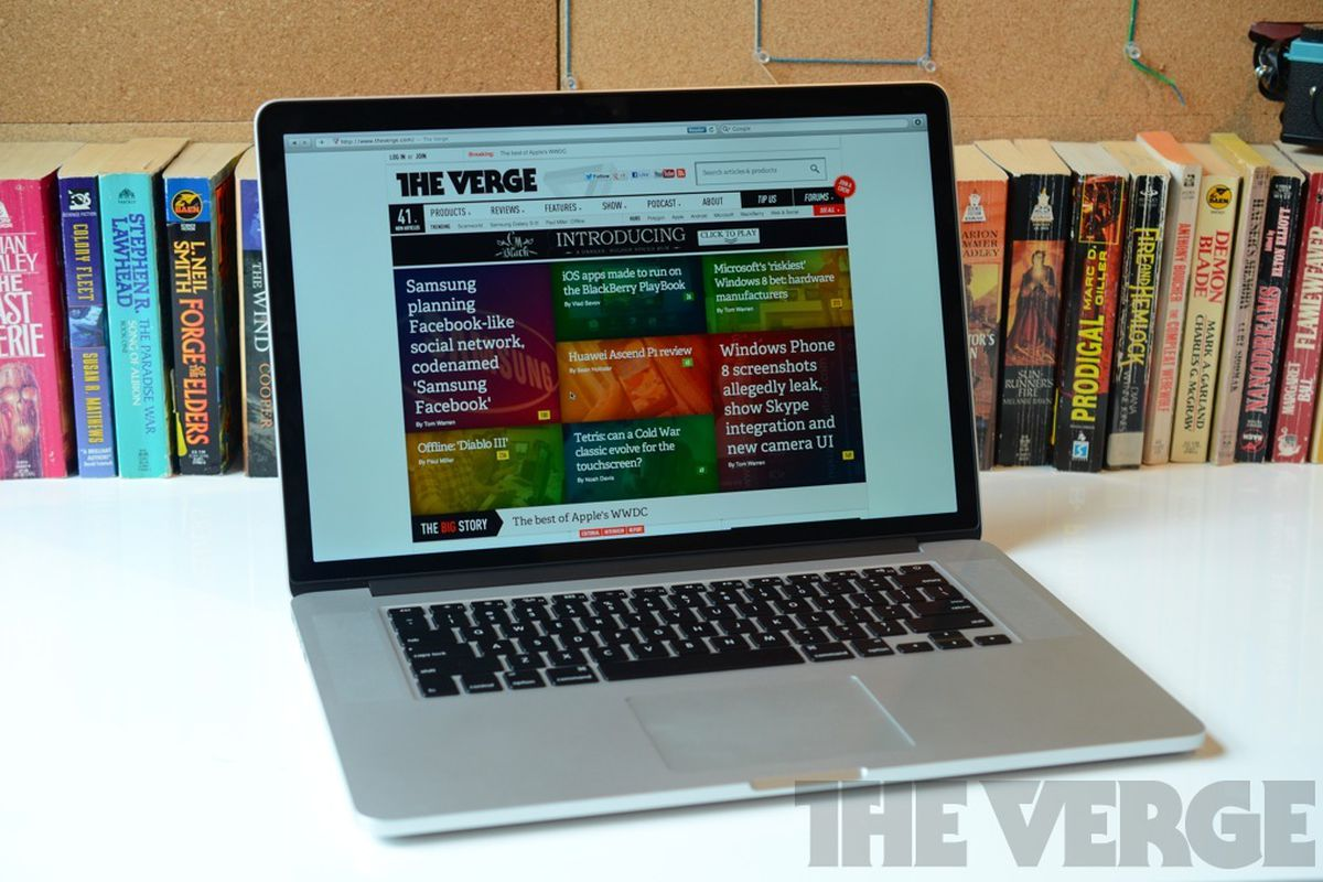 MacBook Pro with Retina display hero (1024px)