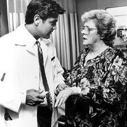 """Rosemary Clooney guest stars in an episode of """"ER"""" with her nephew, George Clooney. The show's first season is now at video stores."""