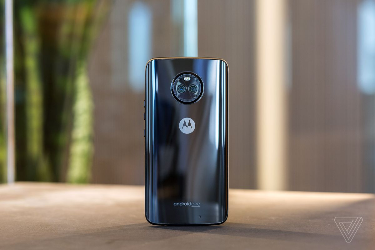 detailing 98911 b7daf Motorola Moto X4 Android One review: a Nexus by any other name - The ...