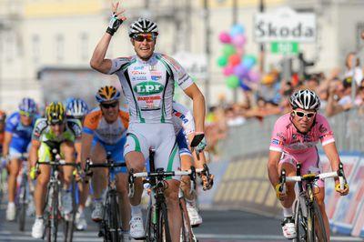 Cycling - 100th Giro d'Italia - Stage 2