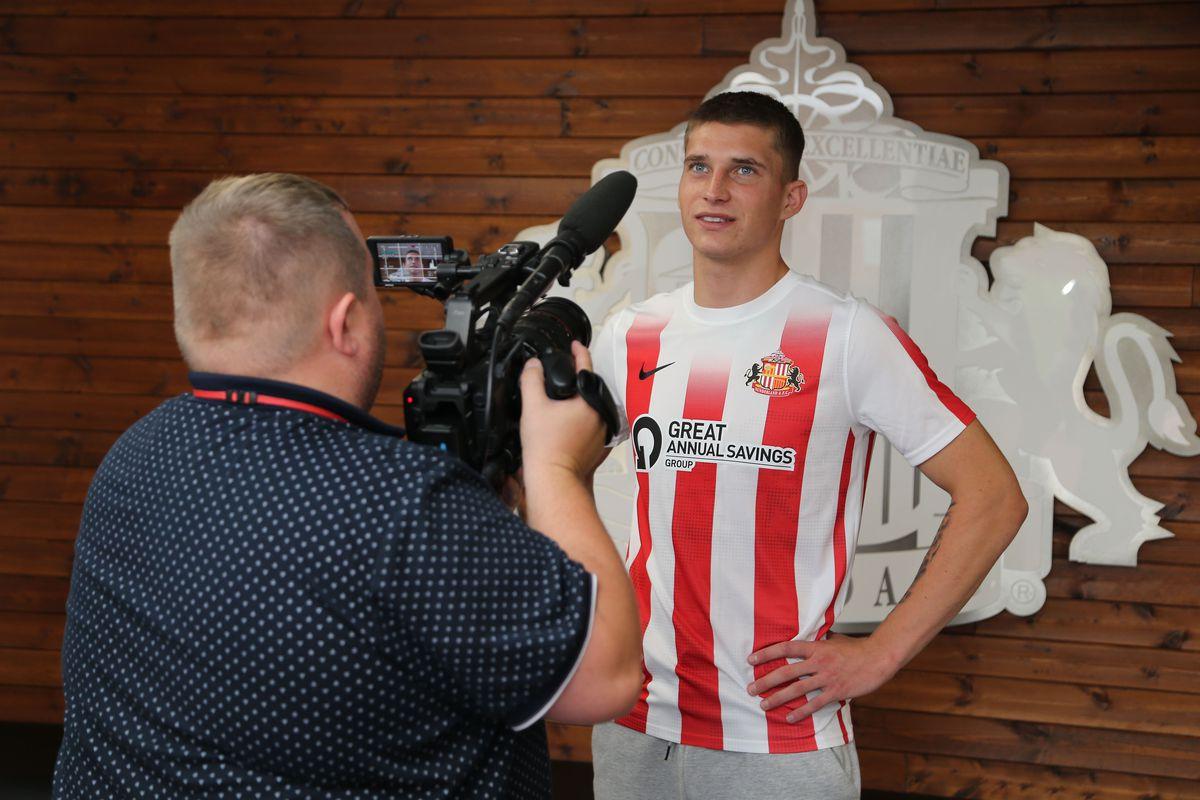 Sunderland Unveil New Signing Dennis Cerkin