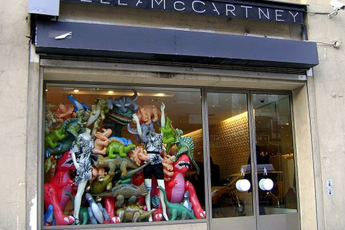 """Stella McCartney Mepa <a href=""""http://ny.racked.com/archives/2009/04/21/in_the_window_dinosaurs.php#stella-dino-windows-2"""">back in 2009</a>"""