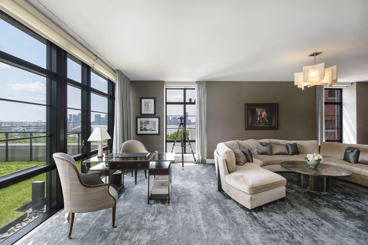 jon bon jovi 39 s west village duplex is now part of 29 5m. Black Bedroom Furniture Sets. Home Design Ideas