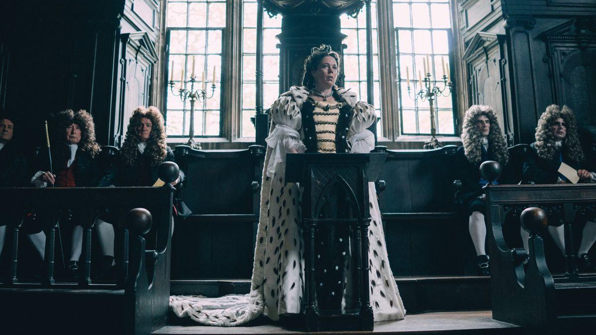 Queen Anne addresses her court.