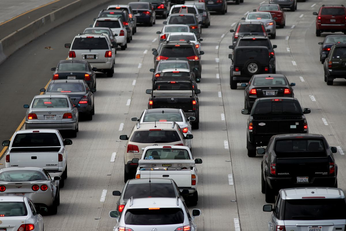 Long commutes make you fat, tired, and miserable - Vox