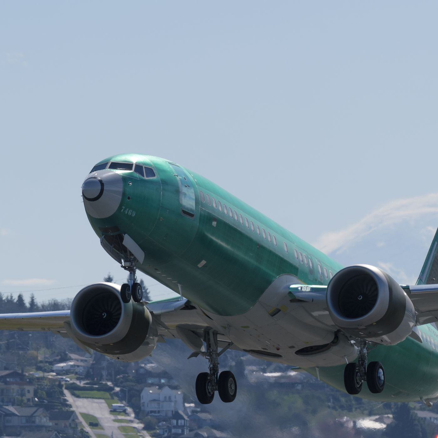 theverge.com - Andrew Liptak - Regulators have 'tentatively approved' a software fix for Boeing's 737 Max airplane