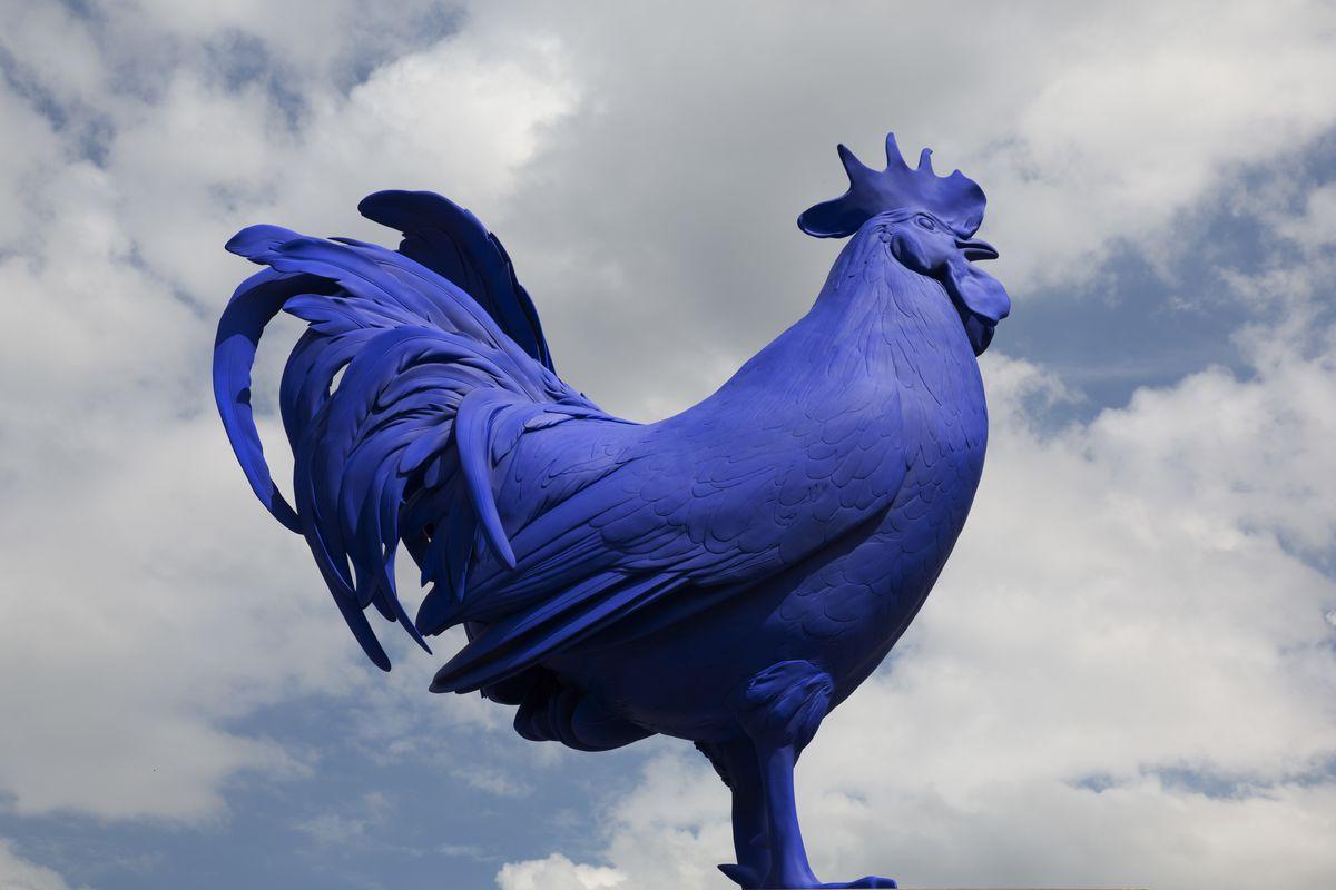UK - London - German artist Katharina Fritsch's sculpture Hahn/Cock on the Fourth Plinth