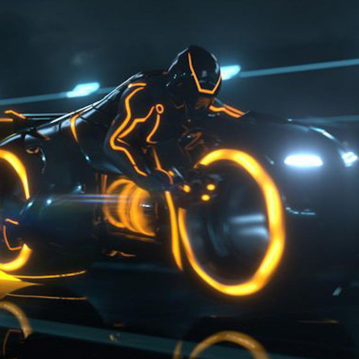Roborace Hired The Man Behind Tron Legacy S Light Cycles To