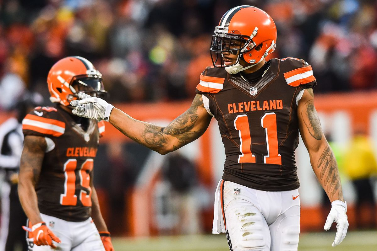 d17420599fc Terrelle Pryor passes on Browns, signs with the Jets - Dawgs By Nature