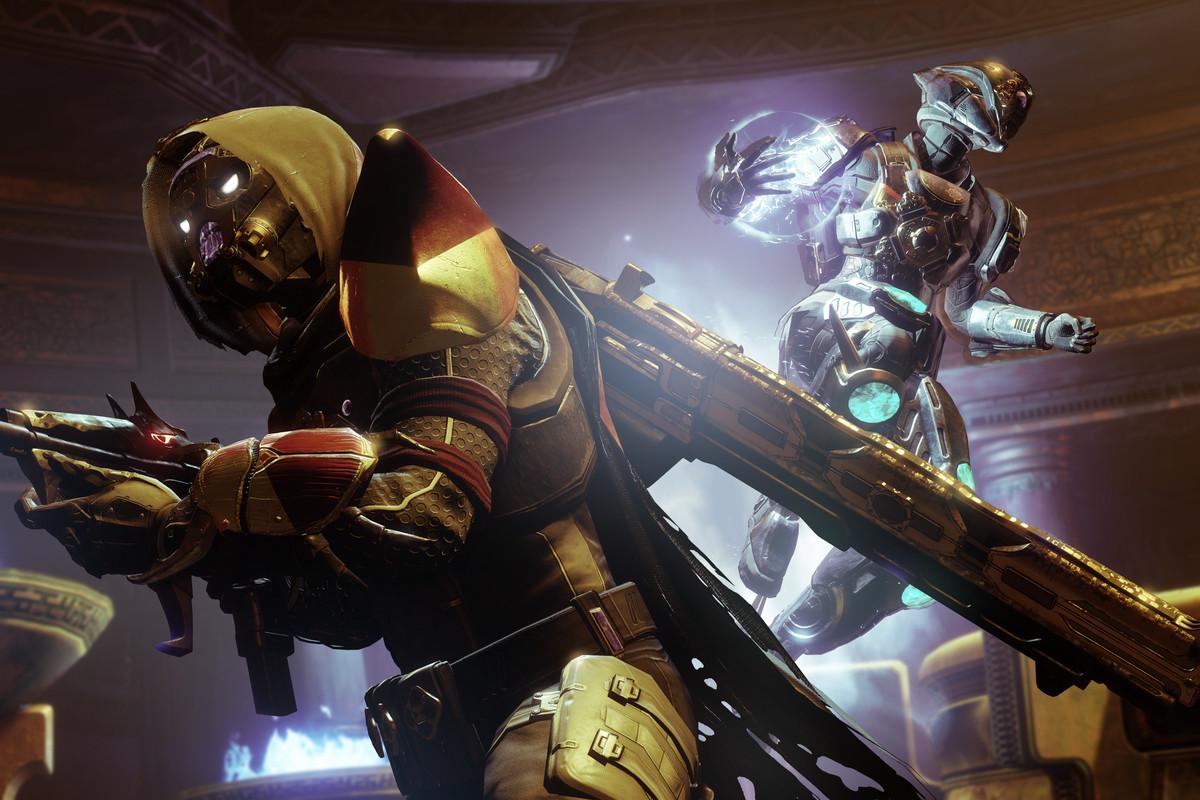 a Hunter and Titan in Destiny 2: Season of Opulence