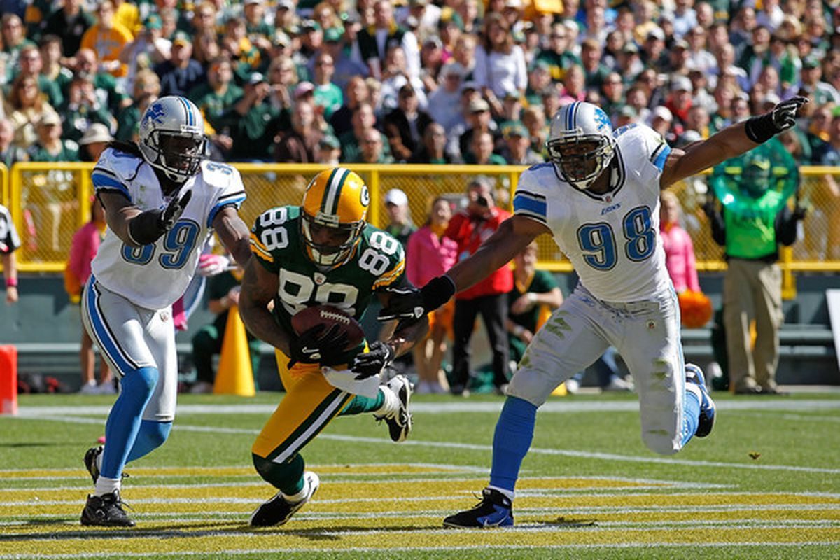 This was Jermichael Finley's only touchdown reception in 2010, but it was a beauty.