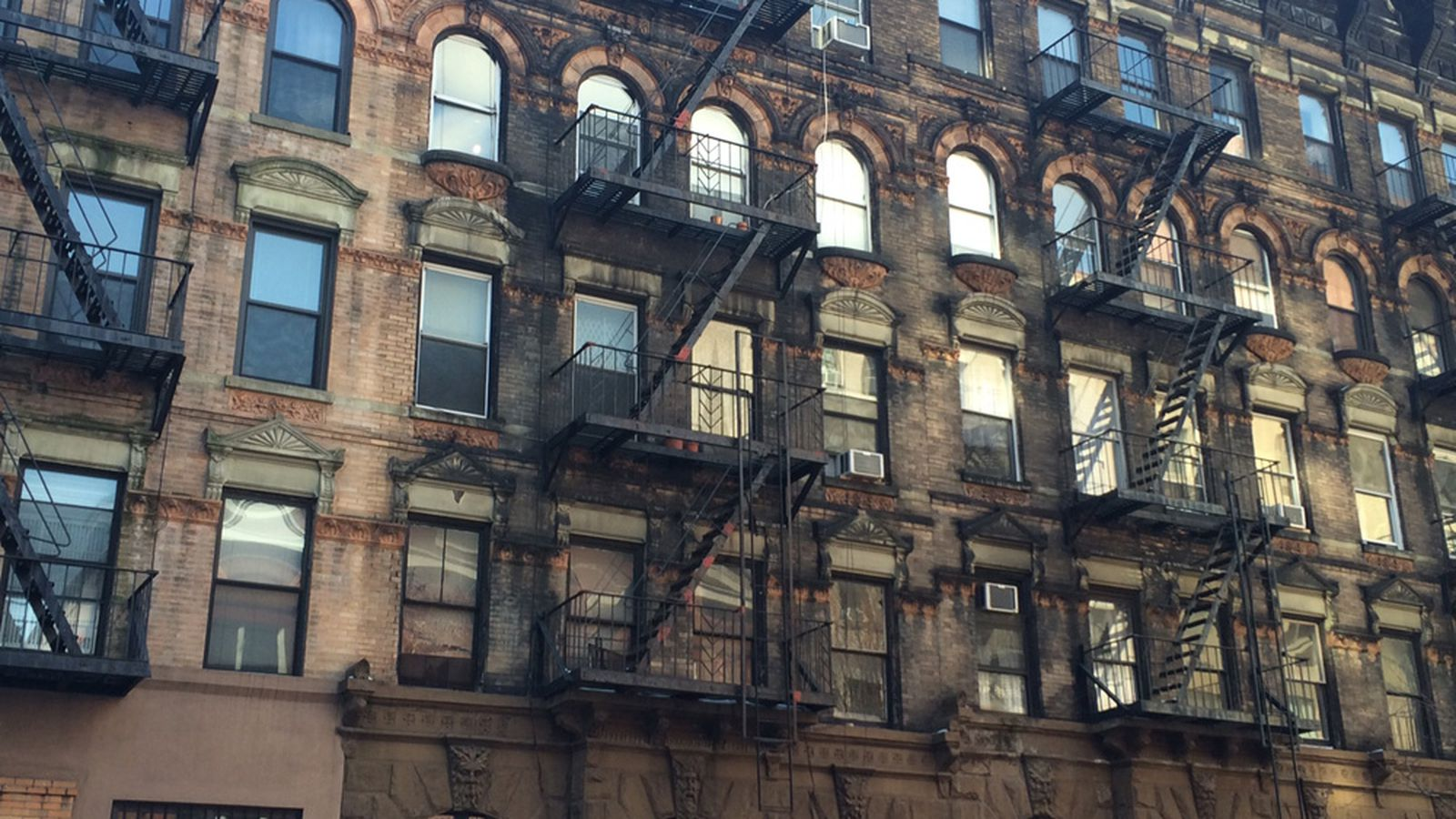 From Shanties To Micro Units Nyc S History Of Living
