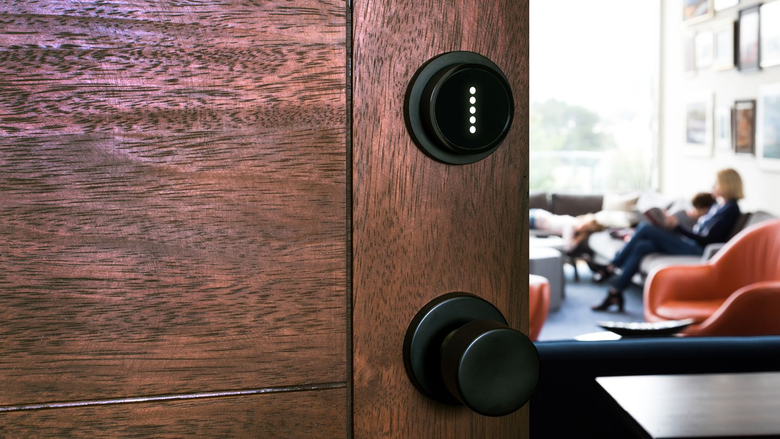 Otto May Be The Smallest Smart Lock Out There And Most Simple Combination Digital Integrated Circuits Electronics Expensive Verge