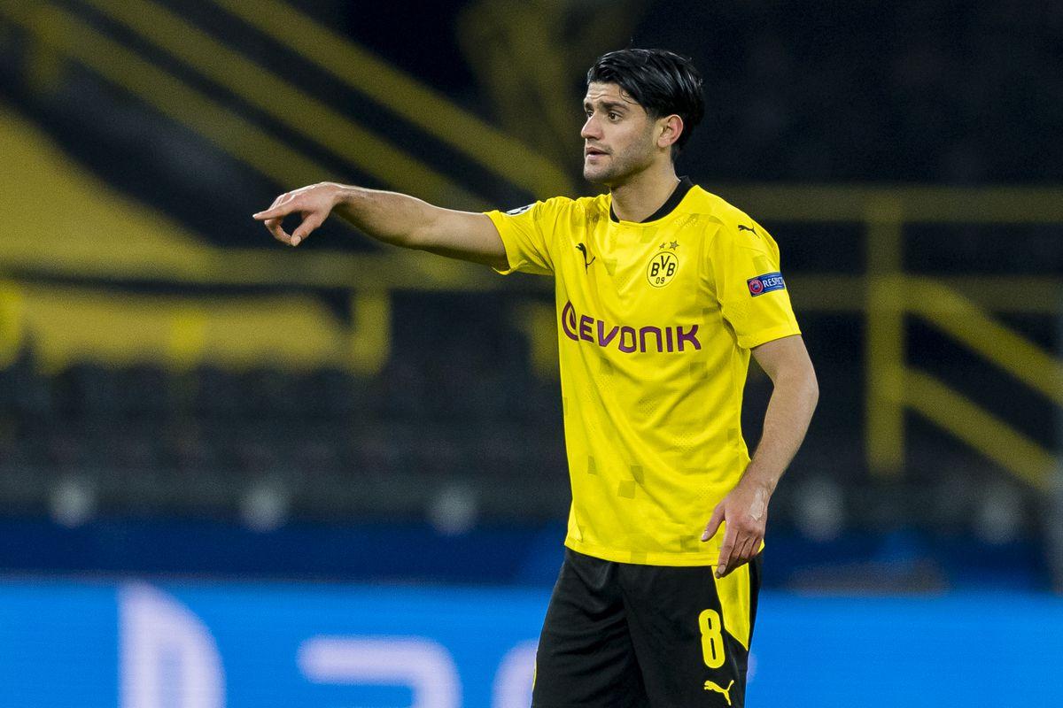 Sevilla FC v Borussia Dortmund - UEFA Champions League Round Of 16 Leg Two