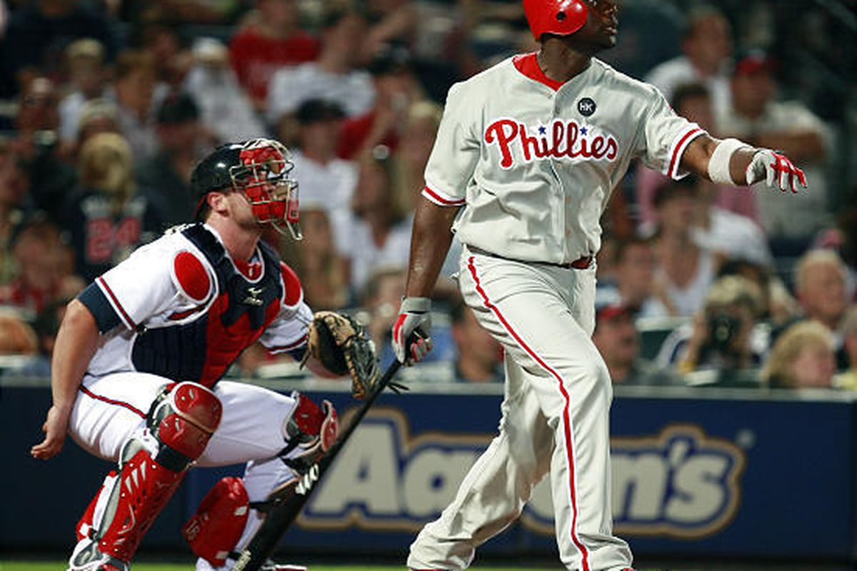 The Phillies' Ryan Howard, right, hit what proved to be the game-winning home run.