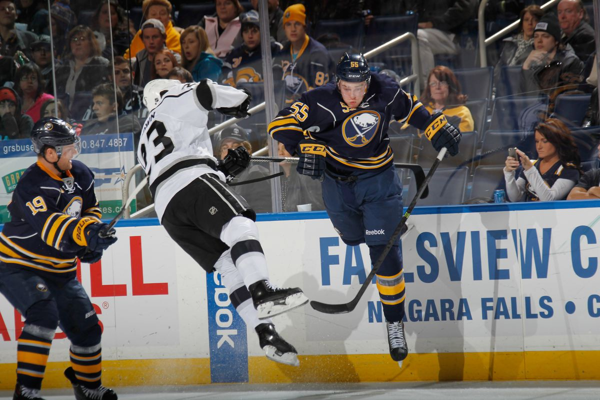 The delicate midair dance of Rasmus and Dustin.