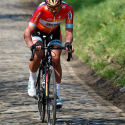 Chantal Blaak no doubt spent after doing the lion's part of the chasing coming into the Kwaremont.