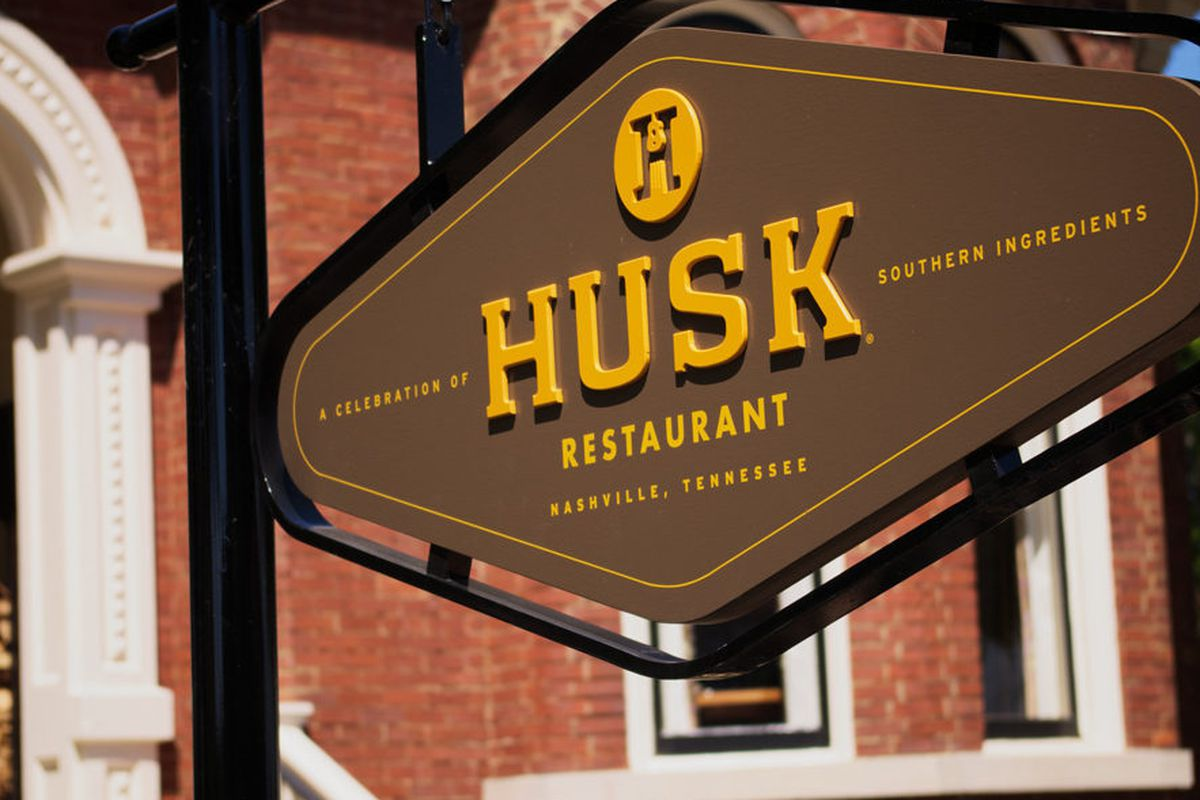 Husk The Local Outpost Of Chef Sean Brock S Much Loved Charleston Original Has Been Named One Esquire Magazine 12 Best New Restaurants In America