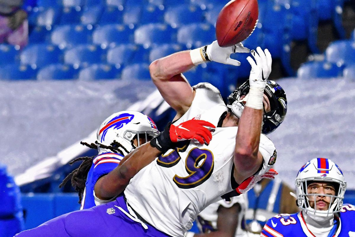 Buffalo Bills middle linebacker Tremaine Edmunds (49) breaks up a pass intended for Baltimore Ravens tight end Mark Andrews (89) during the second half of an AFC Divisional Round playoff game at Bills Stadium.