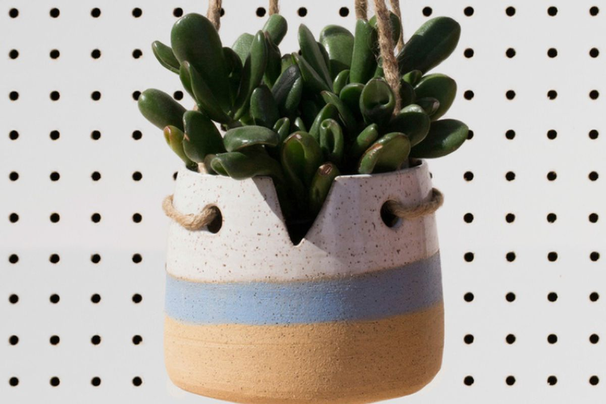 """Image <a href=""""http://www.laimyours.com/69234/tactile-matters-sunsetting-ceramics/"""">via</a>"""