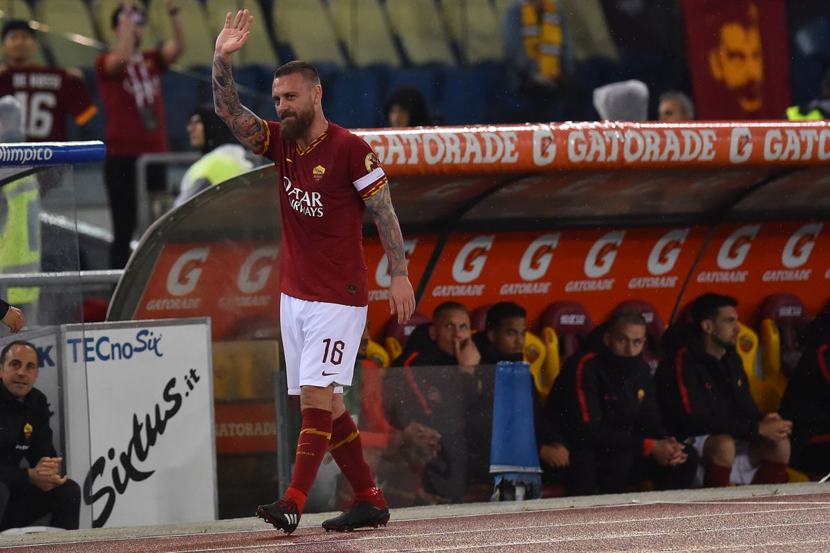 Daniele De Rossi leaves AS Roma after 18 years