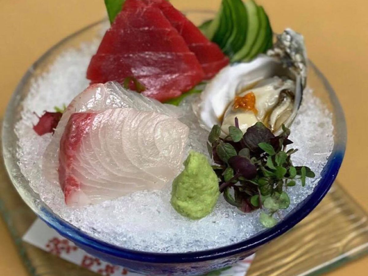 Sushi on ice in a bowl