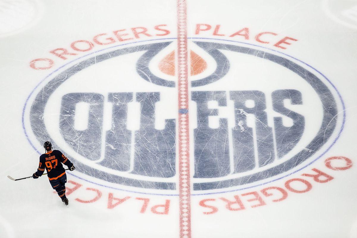 Winnipeg Jets v Edmonton Oilers - Game Two